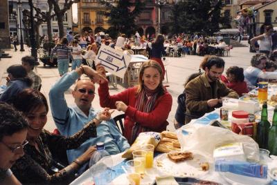 20080416033218-comida-en-la-calle2006bc.jpg